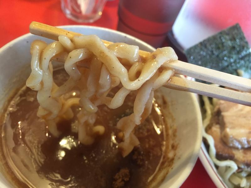 太平楽つけ麺の麺