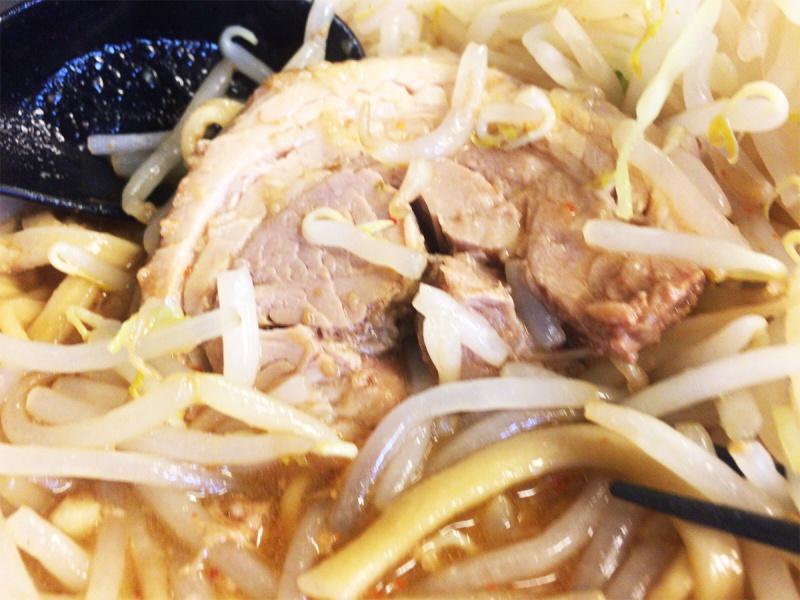 仙台ラーメン鬼首ミニ豚ラーメン味噌味のチャーシュー